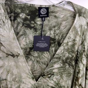 bobeau Tops - Bobeau Bell Sleeve Tie Dye Top Green Plus 3X 4X